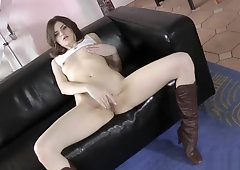 Young euro amateur stroking oldmans dick