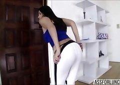 Sexy Valentina enjoys interracial anal