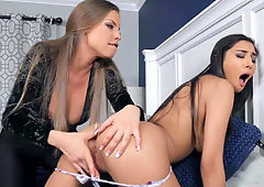 Slender teen cheats on BF with his gorgeous stepmom Britney Amber