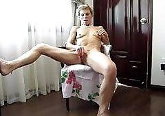 Sofija masturbation to orgazm