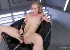 Sex-appeal porn model Nicole Clitman is testing crazy sex machine