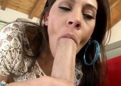 Curvy MILF porn star Raylene gets a thick dick in her fine twat