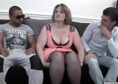 Threesome porn video featuring seducing huzzies