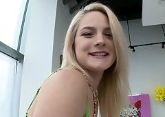 Awesome pornactress Lisey Sweet does well in gonzo video