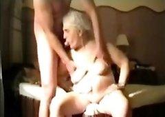 Busty Granny in webcam