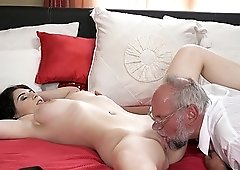 Old guy talked naughty Sheril Blossom into pleasing his fat cock