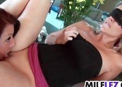 Dazzling mom in lesbo porn video