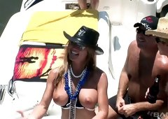 Group of sex hungry chicks goes wild on a yacht