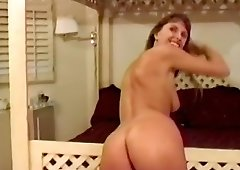 Breanna Bliss spreads her legs widely to get her wet pussy banged