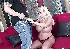 Giant boobs blonde Harmony Bliss sucks and bangs huge dick