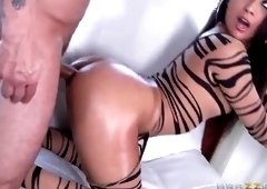 Hot brunette latina Jynx Maze having her hot ass filled